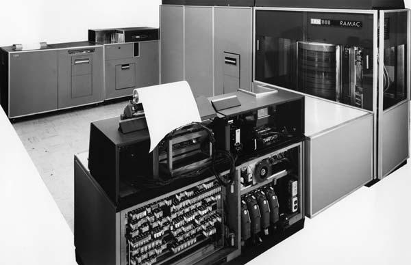 IBM-RAMAC-305-1
