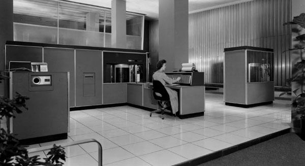 IBM-RAMAC-305-2