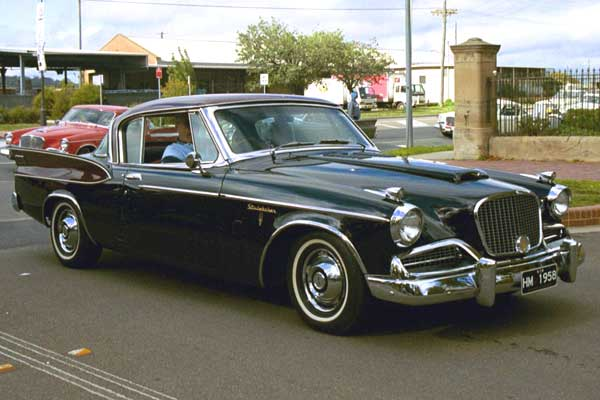 Studebaker-Golden-Hawk-6