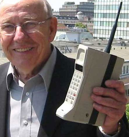 Telefon-Motorola-DynaTAC-8000x-00