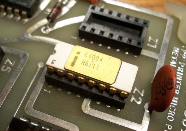 Intel-4004-2