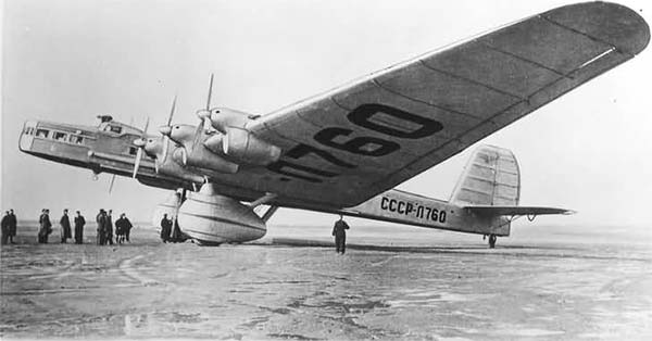 Tupolev-ANT-20-1