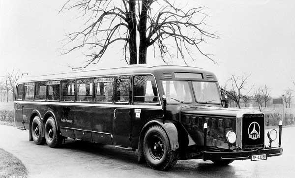 Mercedes-Benz-O-10000-1